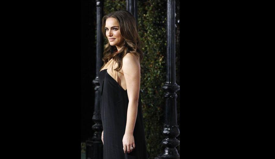 Natalie Portman, à l'avant-première de Sex Friends à Los Angeles. L'actrice a annoncé le mois dernier être enceinte de son fiancé, le chorégraphe français Benjamin Millepied.