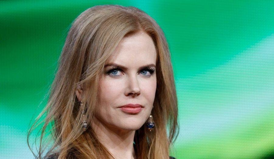 """Nicole Kidman à Pasadena, assurant la promotion du téléfilm de HBO """"Hemingway & Gellhorn"""", dans lequel elle partage l'affiche avec Clive Owen."""