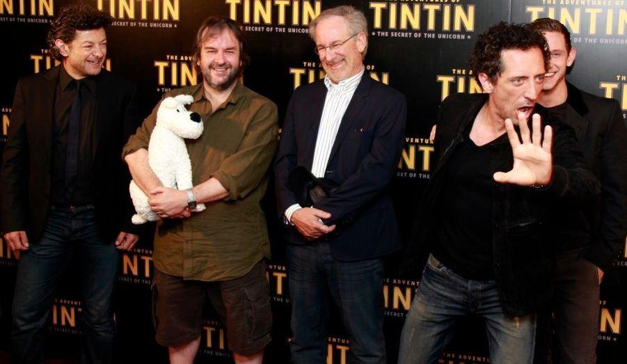 L'équipe du film Les aventures de Tintin : Le secret de la licorne est de passage à Paris. Andy Serkis, le producteur Peter Jackson et le réalisateur Steven Spielberg, sont aux côtés de Gad Elmaleh et de Jamie Bell.