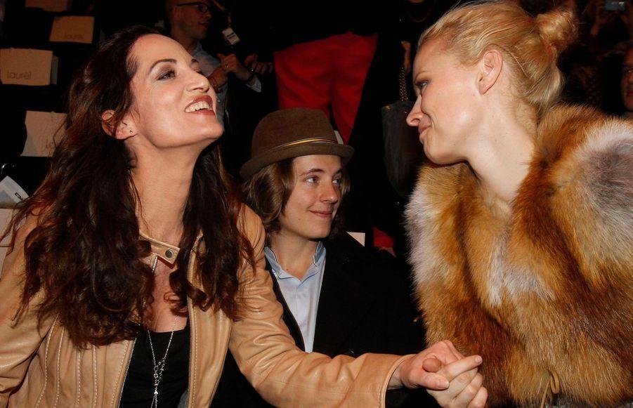 Pierre Sarkozy, l'actrice Nathalie Woerner et le mannequin allemands Franziska Knuppe au défilé Laurel, à la Fashion Week de Berlin ce jeudi.