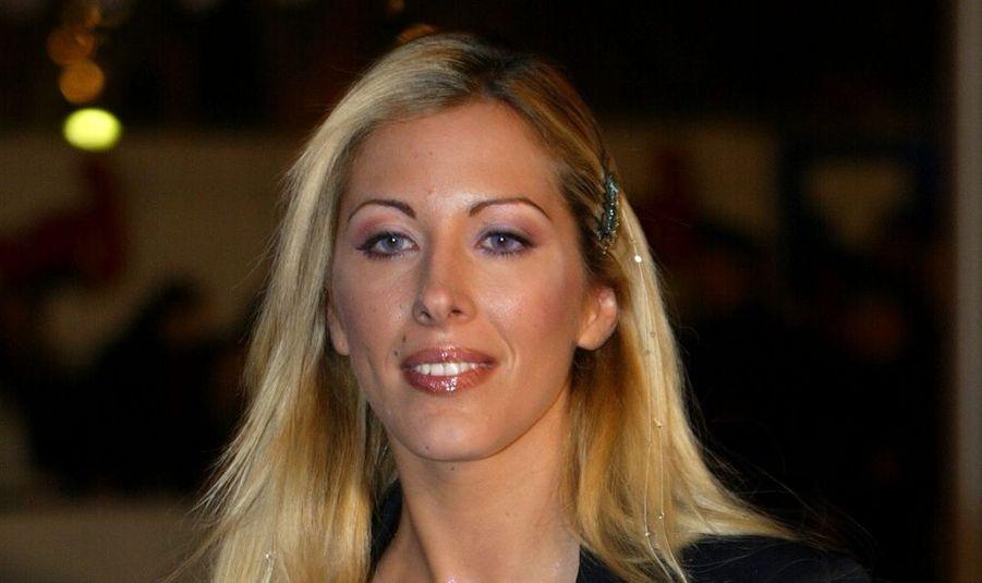 """Loana Petrucciani, retrouvée inconsciente à son domicile parisien mercredi soir, est hors de danger. Sa probable agression pourrait être liée à une """"affaire de drogue"""", selon Le Parisien."""