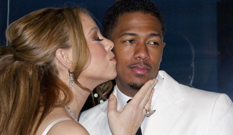 Mariah Carey et son mari Nick Cannon étaient à Paris vendredi pour renouveler leurs voeux de mariage... et se faire photographier près de la tour Eiffel.