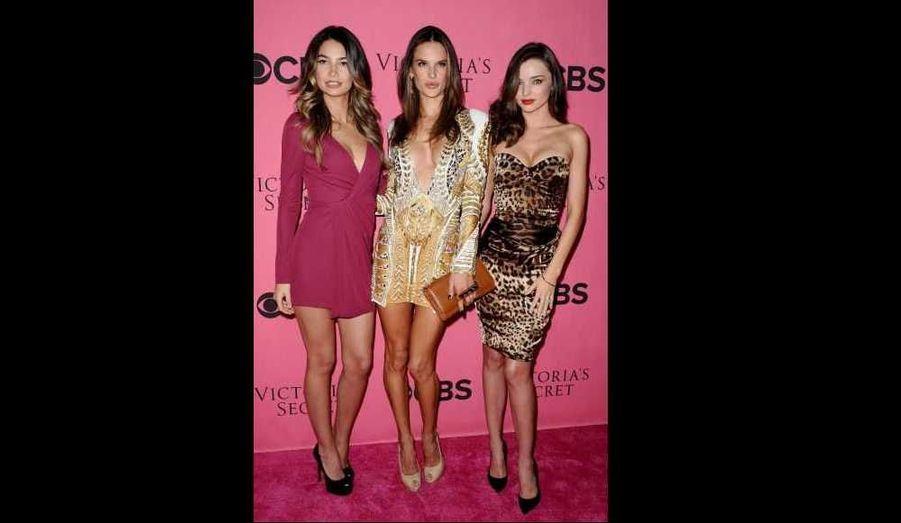 Lily Aldridge, Alessandra Ambrosio et Miranda Kerr assistent à une nouvelle soirée Victoria Secret, organisée à Costa Mesa, en Californie.