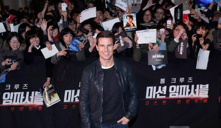 """Tom Cruise est actuellement en Corée du Sud, pour promouvoir son film """"Mission: Impossible - Protocole fantôme""""."""