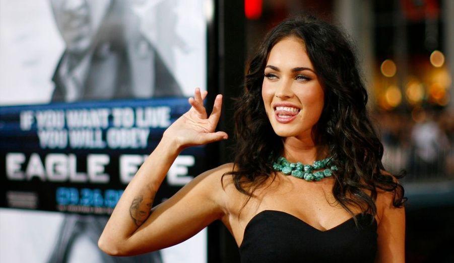 """La bombe Megan Fox a affirmé au magazine Harper's Bazaar qu'elle n'avait couché qu'avec deux hommes dans sa vie, son """"amour d'enfance"""" et son partenaire actuel, l'acteur Brian Austin Green. """"Je ne pourrais jamais coucher avec quelqu'un que je n'aime pas – jamais. L'idée même, me rend malade """", a ajouté la jeune femme de 23 ans."""