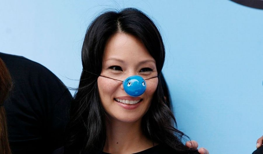 """L'actrice Lucy Liu (Kill Bill, Charlie's Angels) est arrivée à Lima mercredi dans le cadre d'une campagne de l'Unicef intitulée """"De buena onda"""" (de bonne humeur), consacrée aux enfants."""