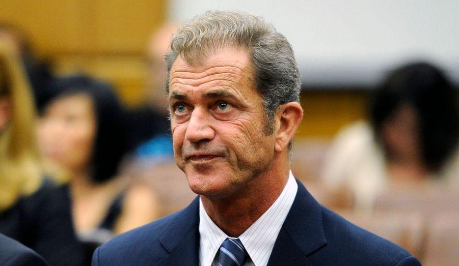 L'acteur américain Mel Gibson va payer 750.000 dollars à son ex-compagne, Oksana Grigorieva, tout en plaçant des fonds pour leur petite fille, Lucia. Un juge de la cour supérieure de Los Angele a annoncé les termes de l'arrangement entre les deux parties, mercredi, lors d'une audience publique. Mel Gibson continuera de payer la propriété d'Oksana Grigorieva et de sa Lucia. La maison sera vendue quand cette dernière aura 18 ans et elle percevra alors le fruit de la vente.