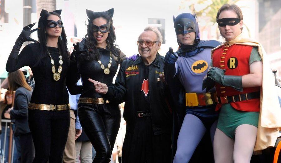 George Barris, designer de la légendaire Batmobile, a assisté à la cérémonie sacrant Adam West sur le Hollywood Walk of Fame.