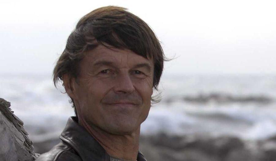 Nicolas Hulot et un ami ont été secourus hier alors qu'ils étaient partis faire du kite-surf dans la baie de Lancieux, en Ille-et-Vilaine.