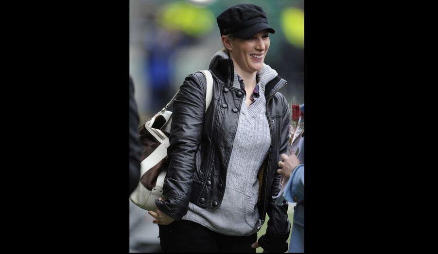 Zara Phillips, venue assister à la rencontre Angleterre/Ecosse du Tournoi des Six Nations, à Twickenham. La semaine dernière, la fille de la princesse Anne a annoncé qu'elle se marierait cet été avec le rugbymen Mike Tindall.