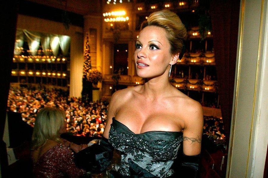 Pamela Anderson en 2003