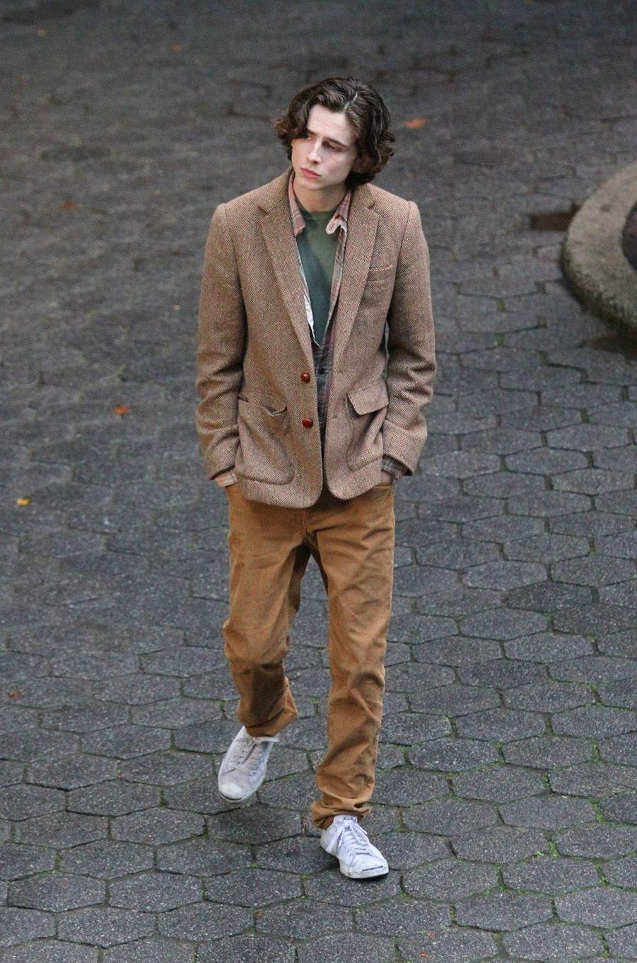 Timothée Chalametsur le tournage du nouveau film de Woody Allen, à New York le 26 septembre 2017.
