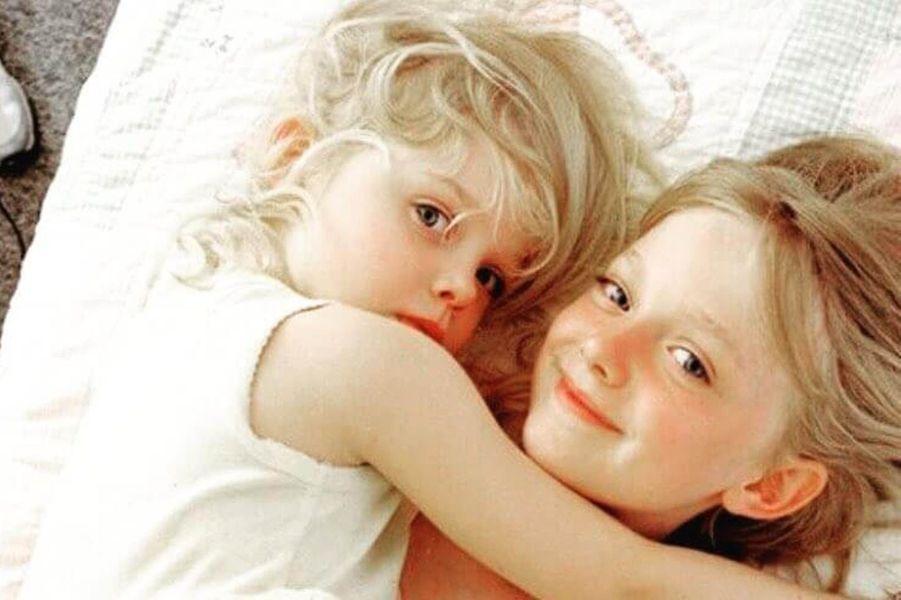 Elle Fanning et sa soeur Dakota.