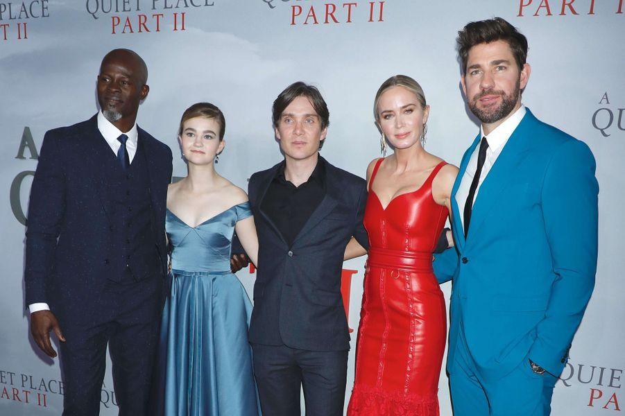 """Djimon Hounsou, Millicent Simmonds, Cillian Murphy, Emily Blunt and John Krasinskià la première du film """"Sans un bruit partie II""""à New York le 8 mars 2020."""