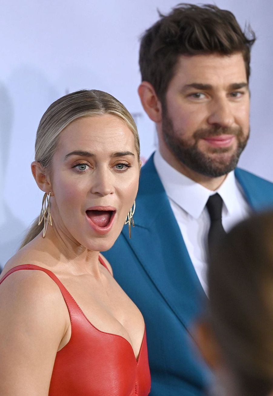 """Emily Blunt avec son mari John Krasinski à la première du film """"Sans un bruit partie II"""" à New York le 8 mars 2020."""