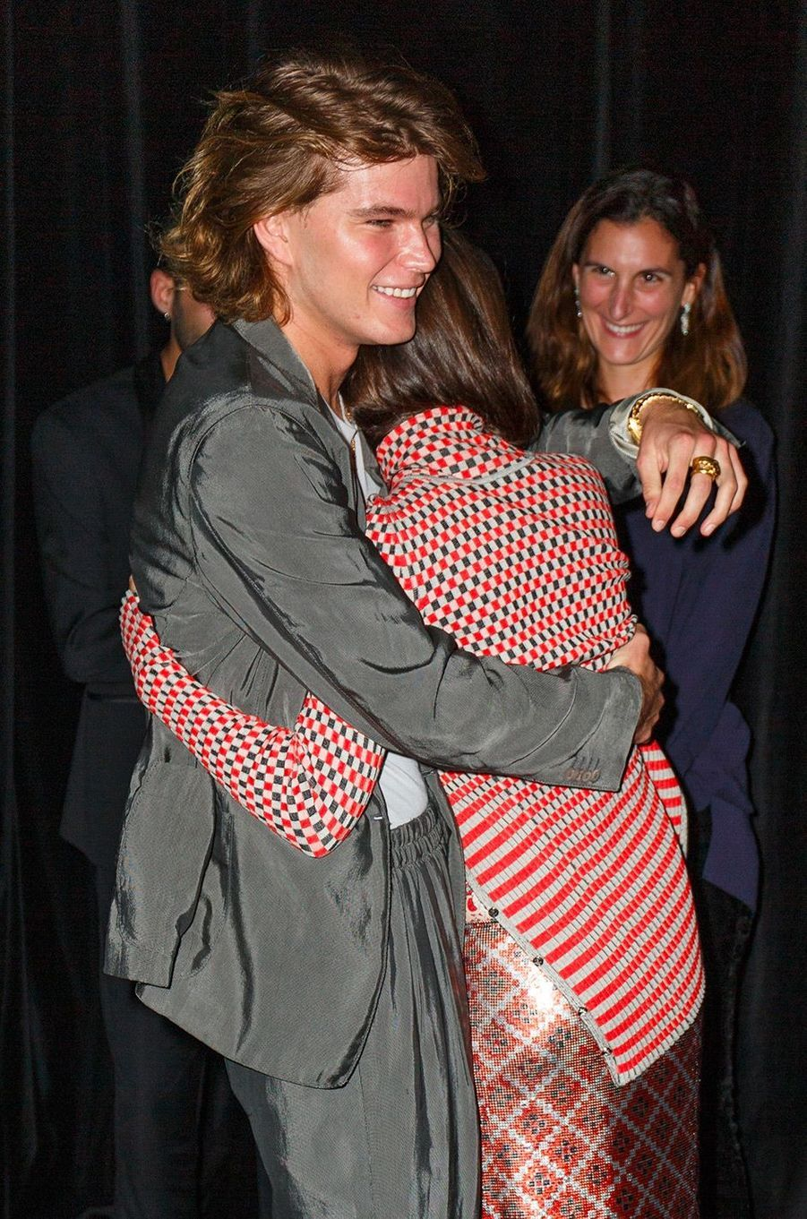 "Emily Ratajkowski et Jordan Barrett à la soirée ""GQ Men of the year"", à Sidney, mercredi 14 novembre"
