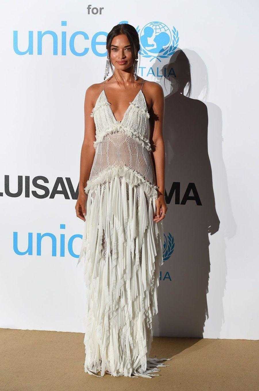 Shanina Shaik au gala de l'UNICEF à Porto Cervo (Sardaigne) le 10 août 2018