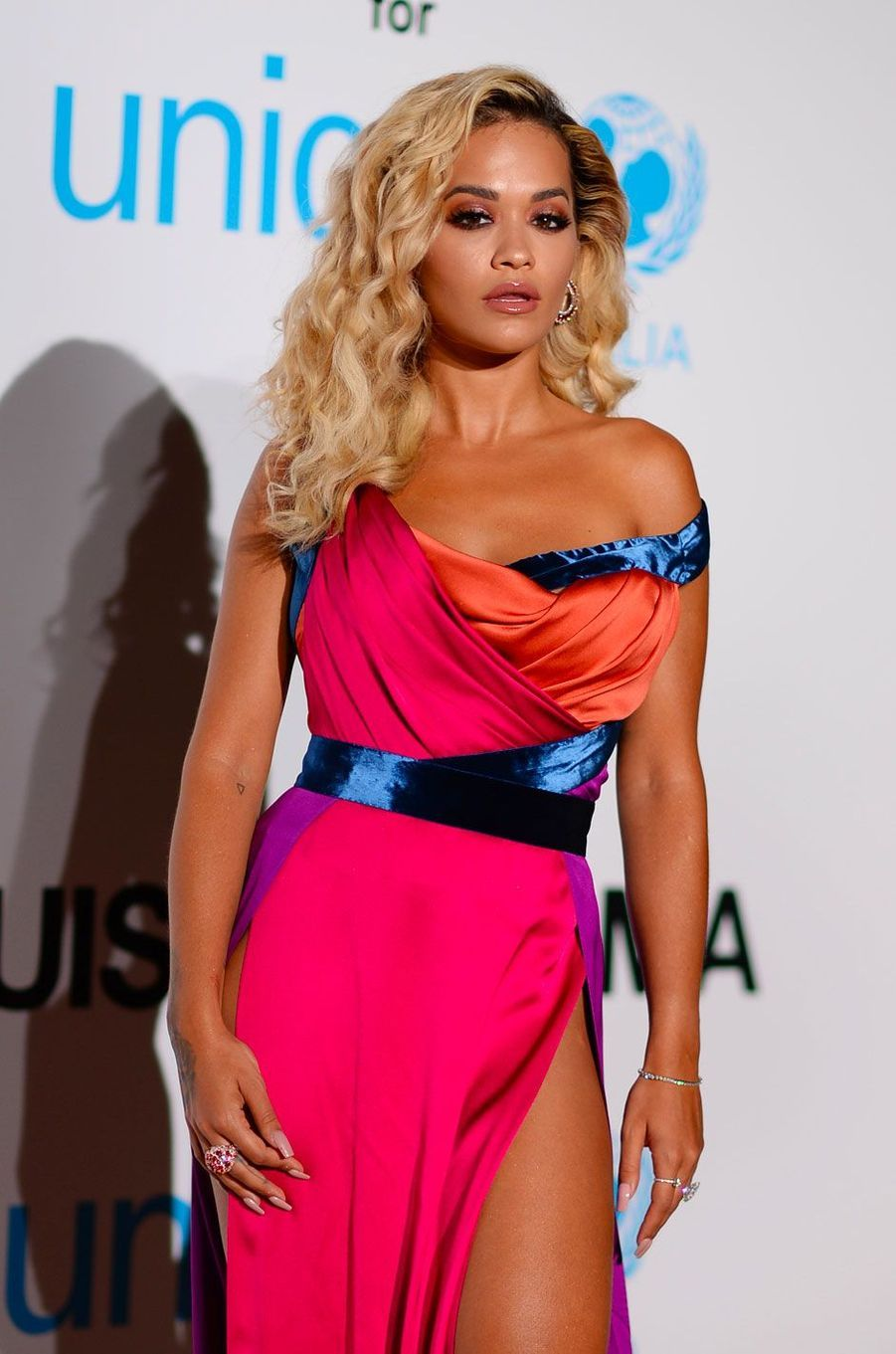 Rita Ora au gala de l'UNICEF à Porto Cervo (Sardaigne) le 10 août 2018