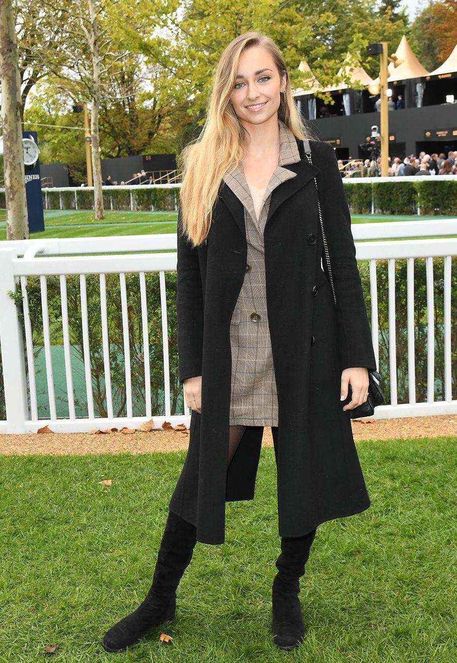 Emma Smetau Qatar Prix de l'Arc de Triomphe sur l'hippodrome de Longchamp à Paris le 6 octobre 2019