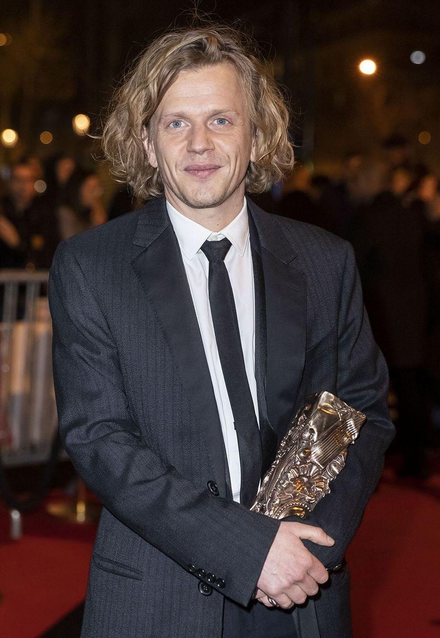 """Alex Lutz (meilleur acteur pour """"Guy"""")au dîner de la 44ème cérémonie des César au Fouquet's à Paris le 22 février 2019"""