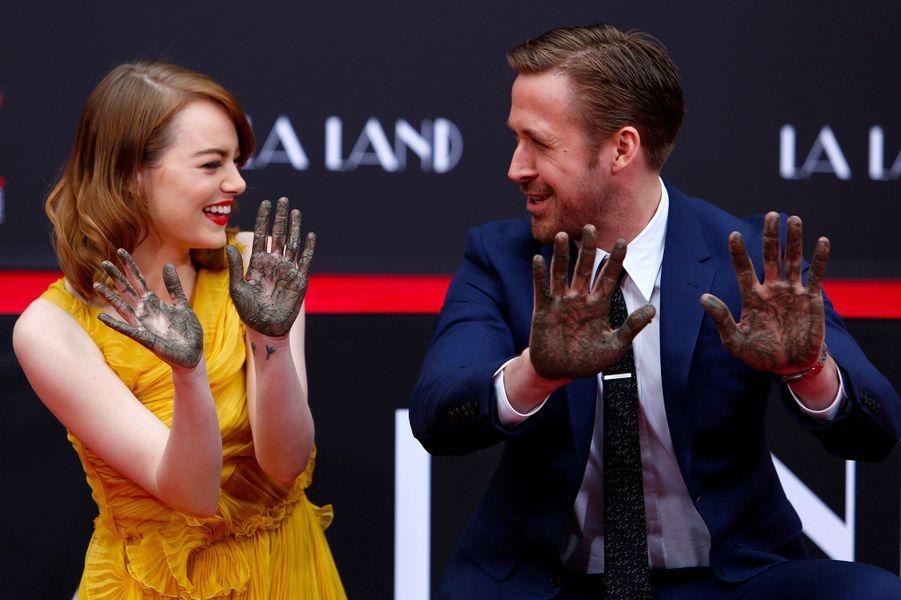 Emma Stone, avec Ryan Gosling, le 7 décembre 2016