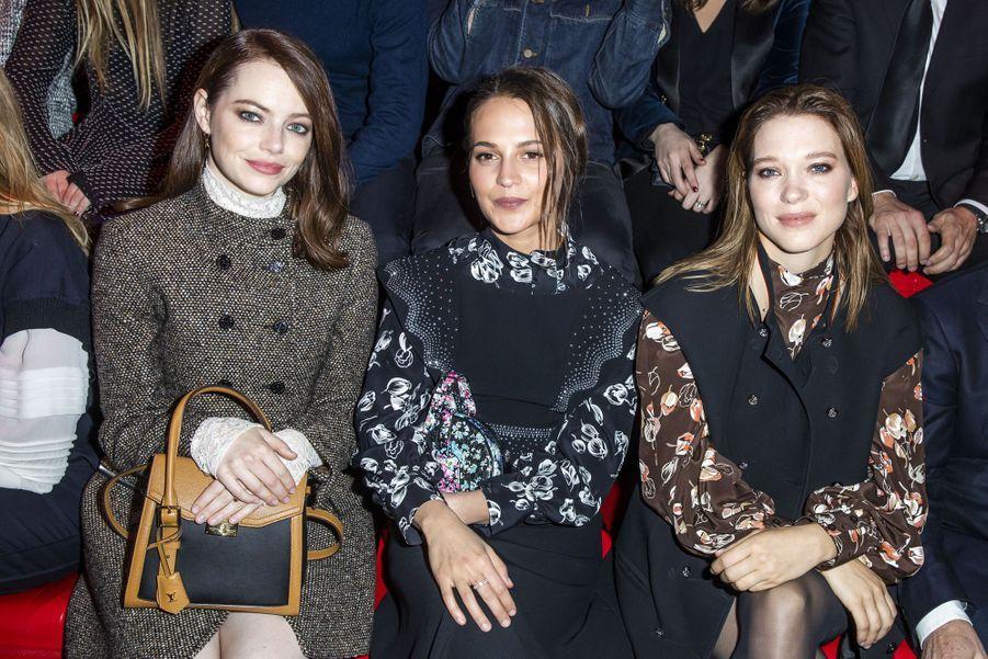 Emma Stone, Alicia Vikander et Léa Seydoux au défilé Louis Vuitton à Paris, le 5 mars 2019