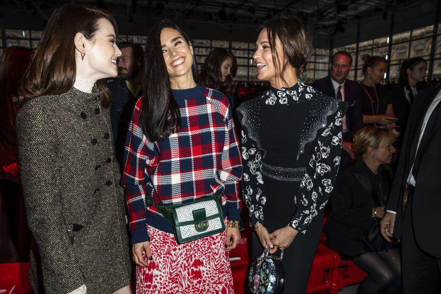 Emma Stone, Jennifer Connelly, Alicia Vikander au défilé Louis Vuitton à Paris, le 5 mars 2019