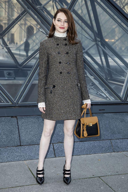 Emma Stoneau défilé Louis Vuitton à Paris, le 5 mars 2019