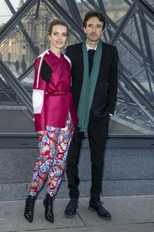 Natalia Vodianova et son compagnon Antoine Arnaultau défilé Louis Vuitton à Paris, le 5 mars 2019