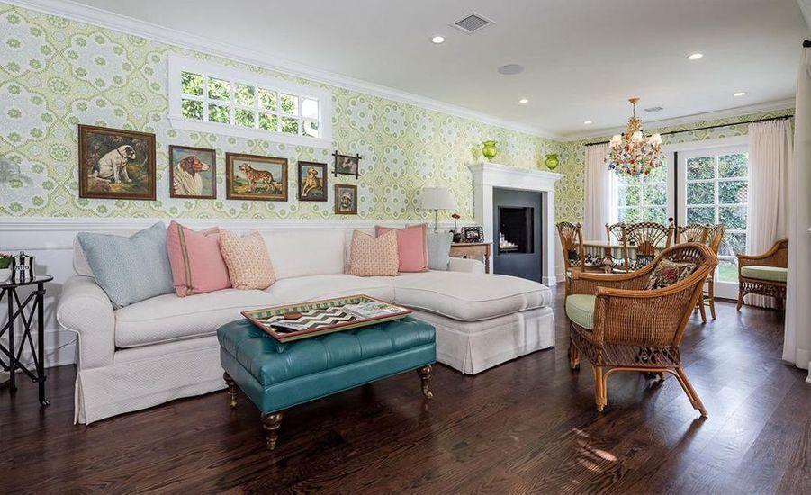 La villa d'Emma Stone à Beverly Hills mise en vente à 3,8 millions de dollars