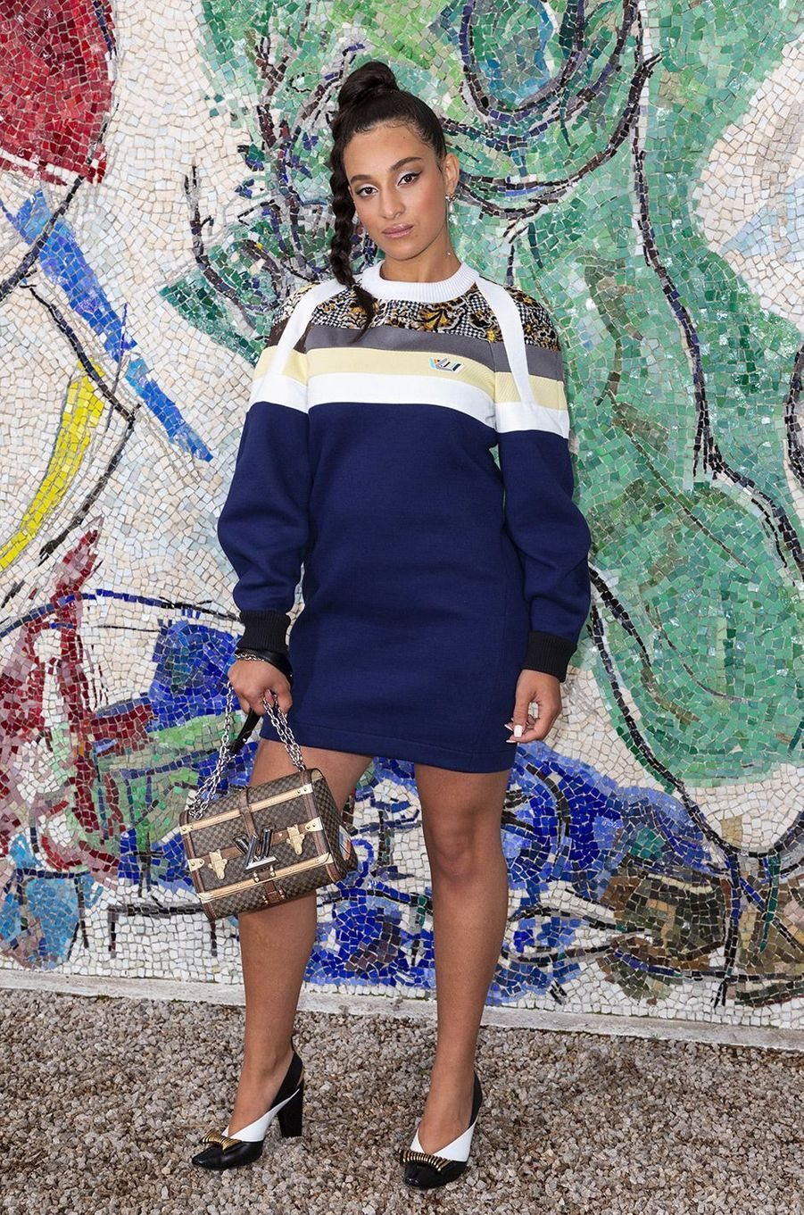Camelia Jordana au défilé Louis Vuitton à la fondation Maeght lundi 28 mai