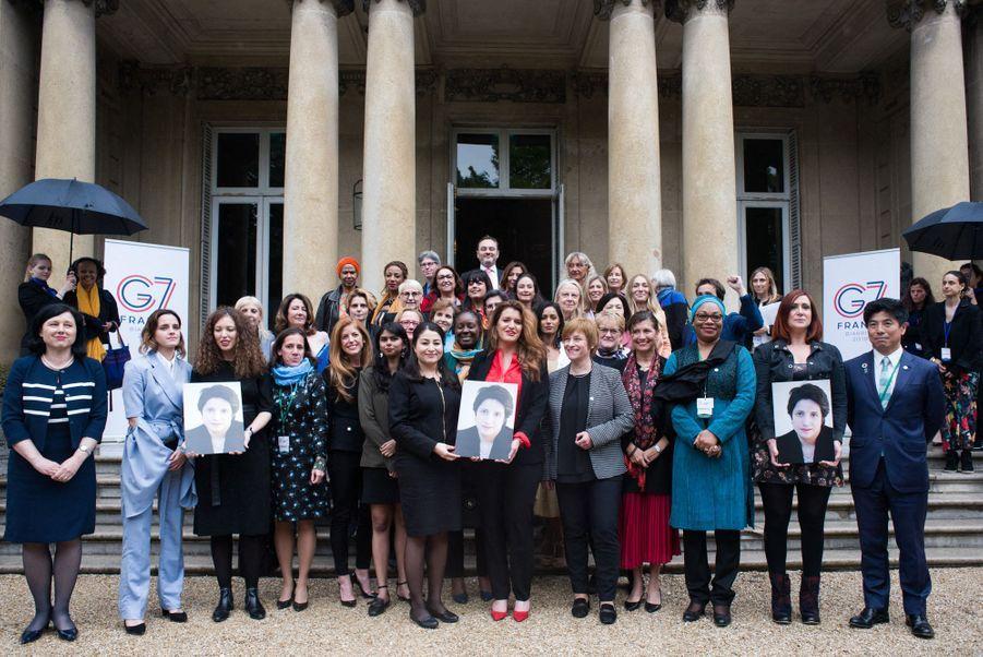 Emma Watson, Kathryn Kaufman, Maryam Monsef, Marlene Schiappa, Caren Marks, Trine Skei, Hélene Marie Laurence Ilboudo et Kazuyuki Nakane à Paris le 10 mai 2019.