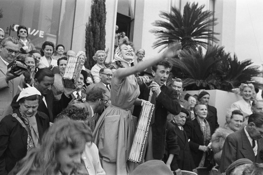 En 1953.