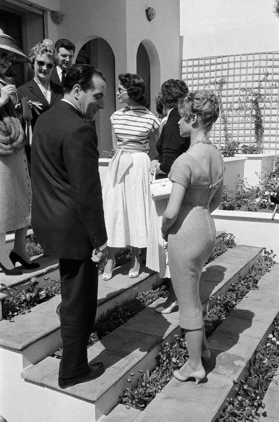 En 1955, avec François Mitterrand.