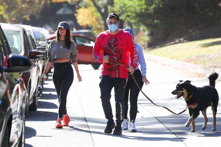 Emily Ratajkowski et son mariSebastian Bear-McClard, à Los Angeles.