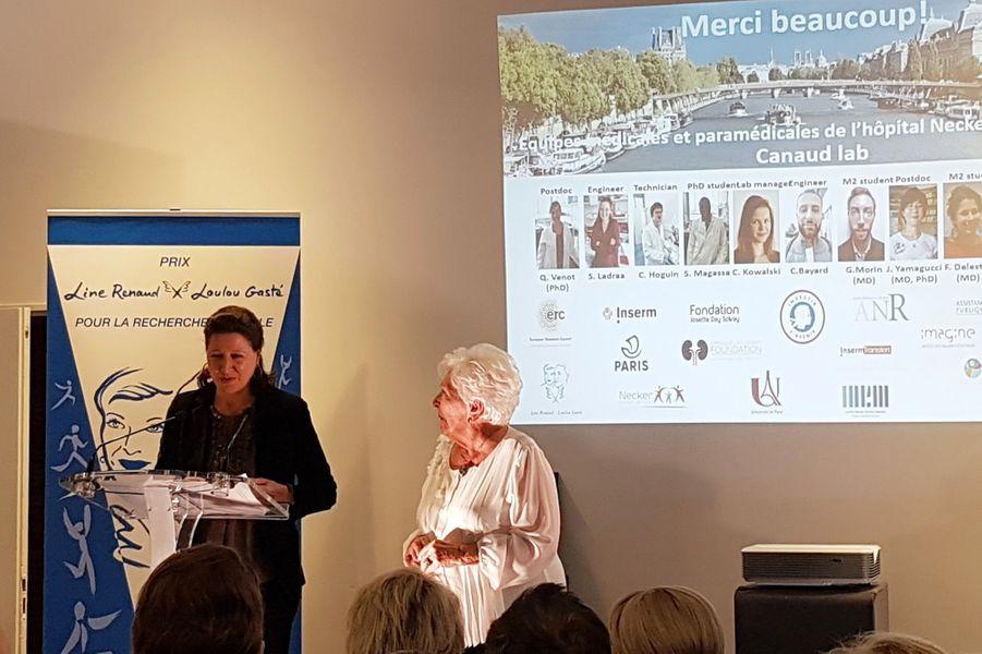 La ministre Agnès Buzyn et Line Renaud pour la remise du «Prix Line Renaud-Loulou Gasté pour la recherche médicale» vendredi à Paris.