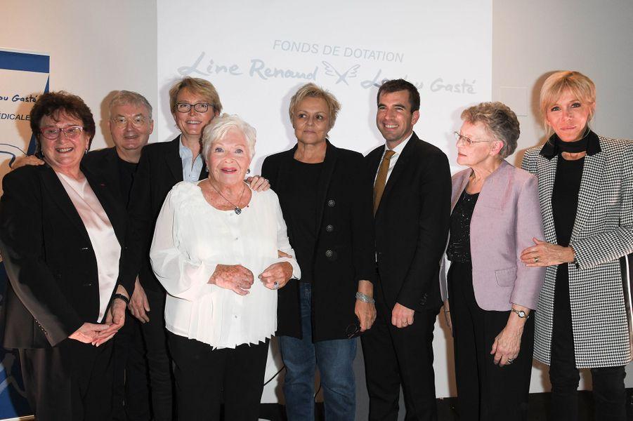 Marie-Claude Lebret, Dominique Besnehard, Claude Chirac, Line Renaud, Muriel Robin, Guillaume Canaud, Françoise Barré-Sinoussi et Brigitte Macron