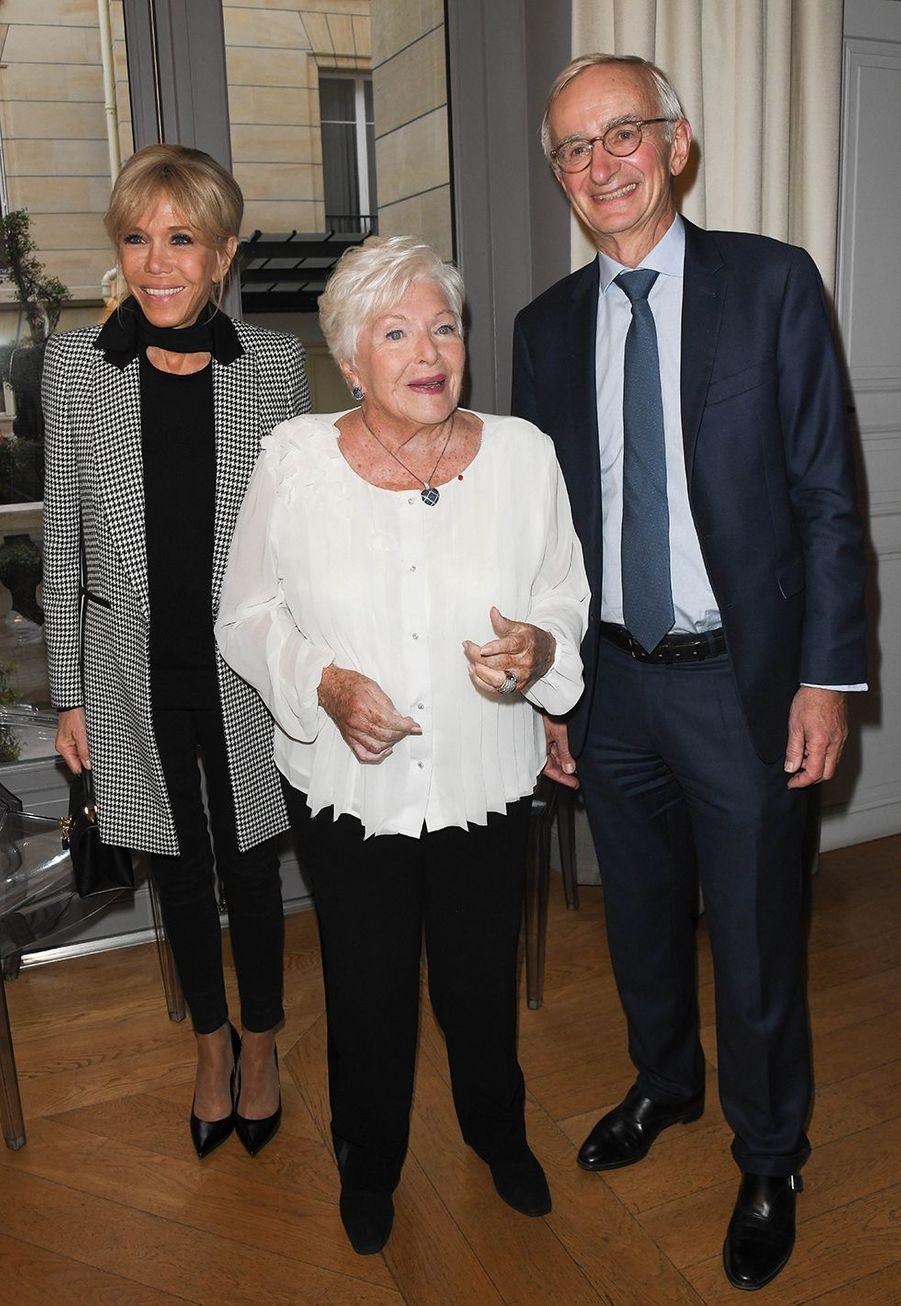 Brigitte Macron, Line Renaud et Denis Duverne