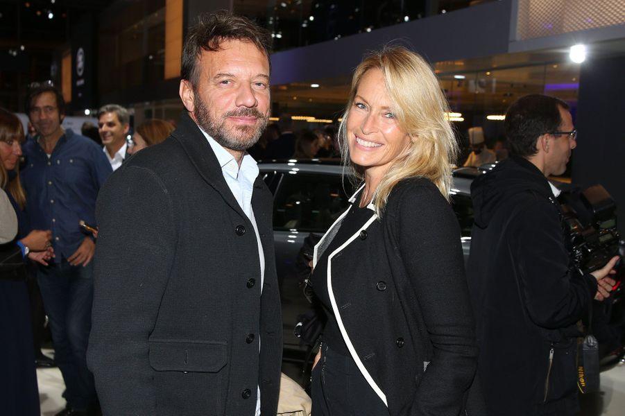 Estelle Lefébure et Samuel Le Bihan au Mondial de l'automobile