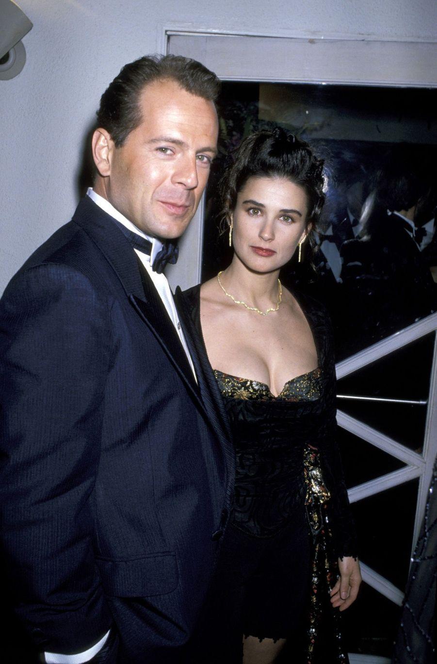 Bruce Willis et Demi Moore à la soirée Swifty Lazar des Oscars, le 29 mars 1989.