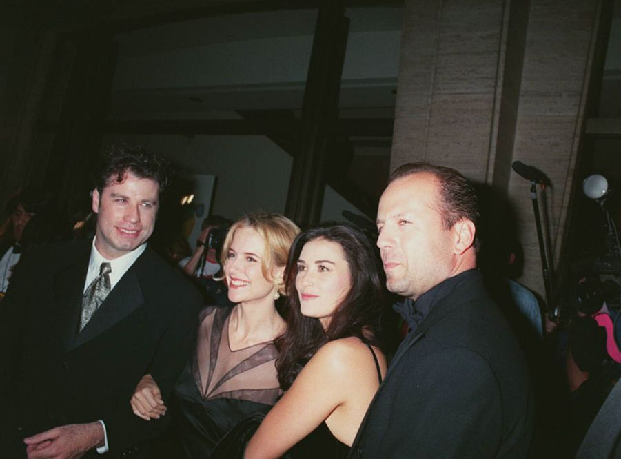 Bruce Willis et Demi Moore avec John Travolta et son épouse Kelly Preston au Festival du Film de New York, le 28 septembre 1994.