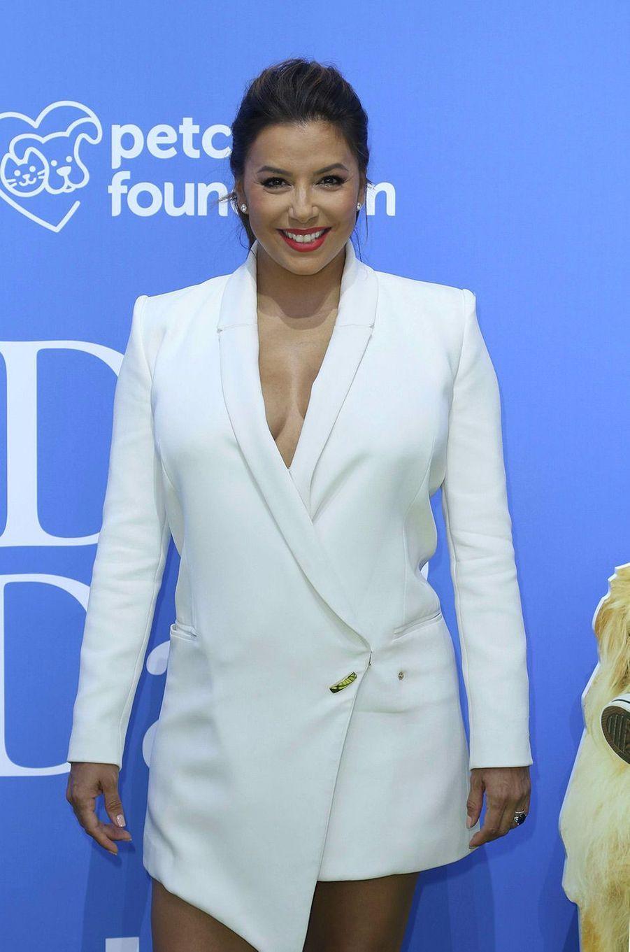 """Eva Longoria à l'avant-première de """"Dogs Day"""" à Los Angeles, dimanche 5 août"""