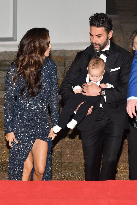 "Eva Longoria, José Antonio Baston et leur fils Santiago au ""Global Gift Gala"" à Cannes, le 20 mai 2019"
