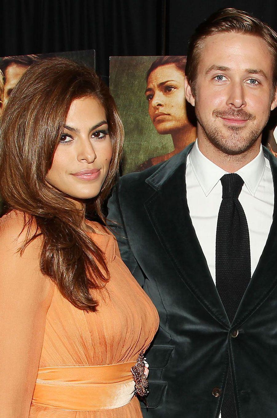Ryan Gosling et Eva Mendes se sont unis entourés de leurs familles