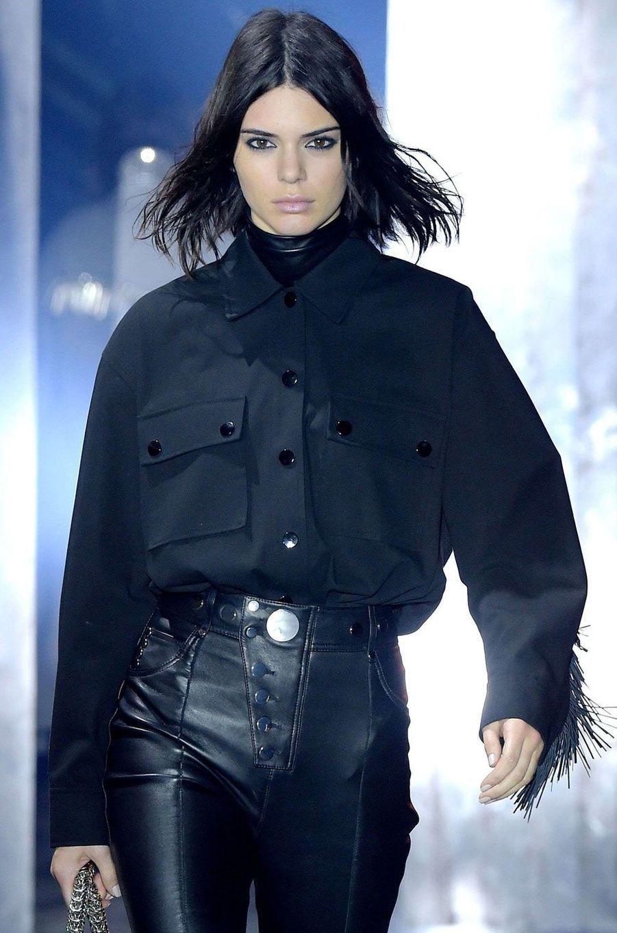 Kendall Jenner défile pour Alexander Wang à New York.
