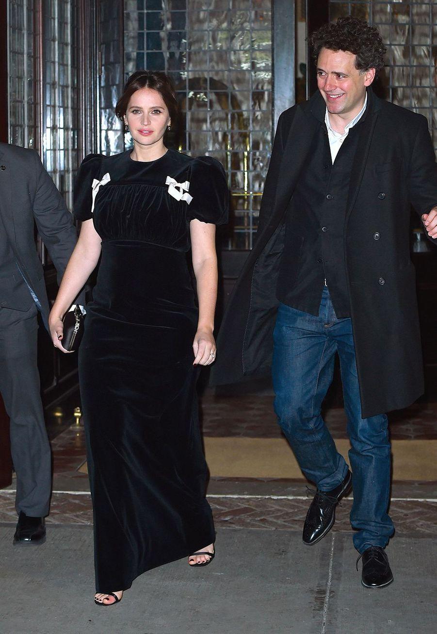 """Felicity Jones et Charles Guard lors de la première du film """"The Aeronauts"""" à New York le 4 décembre 2019."""
