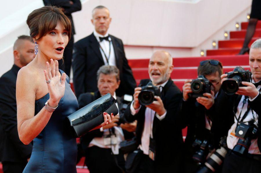 Carla Bruni-Sarkozy(robe CELINE by Hedi Slimane)