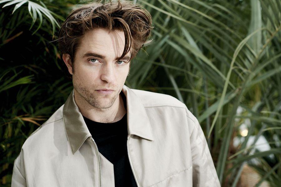 Le prochain Batman et égérie du parfum Dior Homme, Robert Pattinson (mise en beauté Dior), sur la Terrasse by Albane.