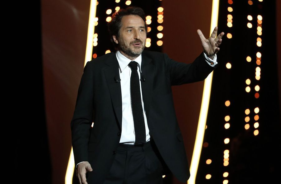 Edouard Baer lors de la cérémonie d'ouverture du 72e Festival de Cannes le 14 mai 2019