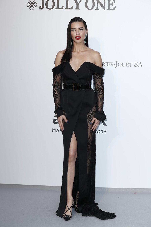 Adriana Limaau gala de l'amfAR à Antibes en marge du Festival de Cannes le 23 mai 2019